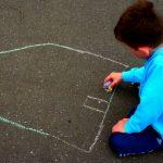 لباس بزرگ جرم بر تن کوچک بچهها